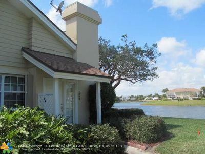 Boynton Beach Condo/Townhouse Backup Contract-Call LA: 1902 Chadwick Ct #19B
