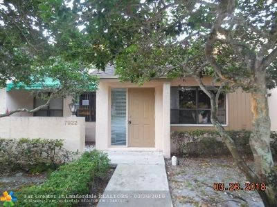 Plantation Condo/Townhouse For Sale: 7922 NW 10th St