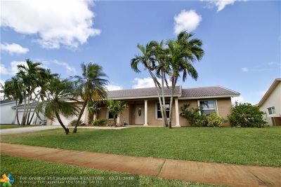 Sunrise Single Family Home For Sale: 1023 NW 133rd Ave