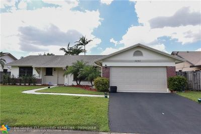 Cooper City Single Family Home For Sale: 5245 SW 119th Ave