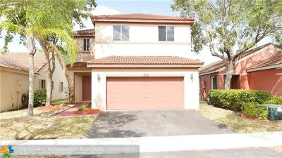 Weston Single Family Home For Sale: 1511 Presidio Dr