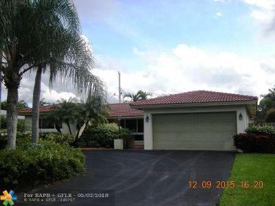 Oakland Park Single Family Home For Sale: 1710 NE 40th Pl