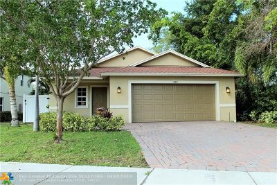 Delray Beach Single Family Home For Sale: 422 Lucky Ln