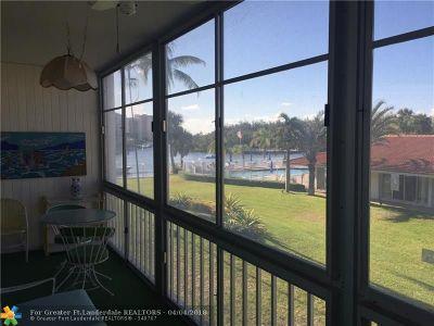 Deerfield Beach Condo/Townhouse For Sale: 101 NE 19th Ave #218B