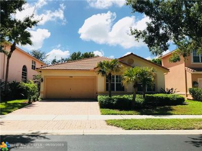 Delray Beach Single Family Home For Sale: 4768 S Classical Blvd