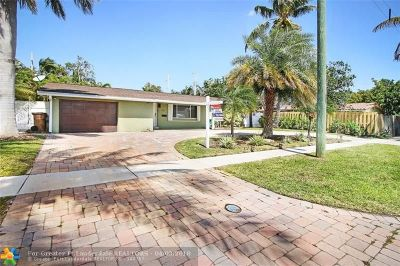 Deerfield Beach Single Family Home For Sale: 109 SE 13th St