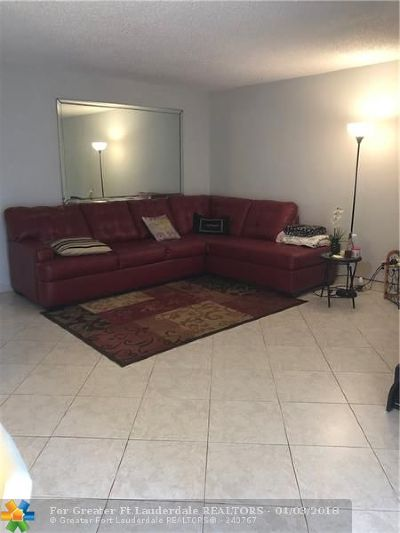 Delray Beach Condo/Townhouse For Sale: 13 Waterford A #A