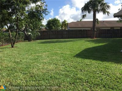 Boca Raton Single Family Home For Sale: 22278 SW 64th Ave