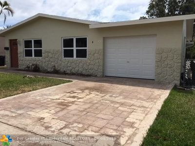 Boca Raton Single Family Home For Sale: 428 W Royal Palm Rd