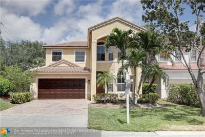 Delray Beach Single Family Home For Sale: 4351 N Magnolia Cir