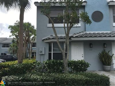 Boca Raton Condo/Townhouse For Sale: 972 Jeffery St #972