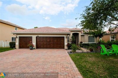 Coral Springs Single Family Home For Sale: 5619 NW 107th Ave