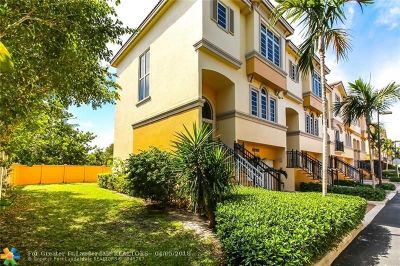 Condo/Townhouse Sold: 3901 Coral Heights Way #3901