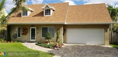 Oakland Park Single Family Home For Sale: 1579 NE 39th St