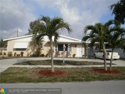 Deerfield Beach Single Family Home For Sale: 1159 SE 2nd Ave
