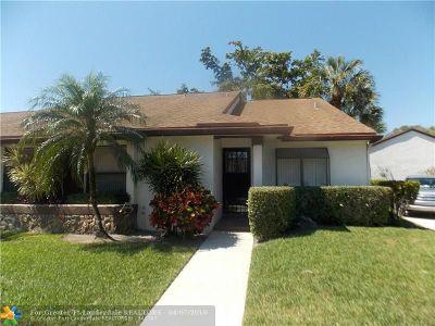 Coconut Creek Condo/Townhouse For Sale: 3298 Carambola Cir #2531