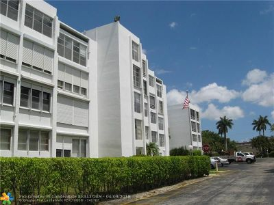 Plantation Condo/Townhouse For Sale: 6903 Cypress Rd #D19