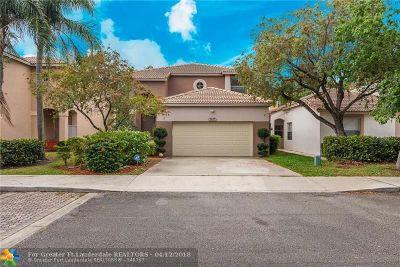 Coconut Creek Single Family Home For Sale: 5837 Eagle Cay Ln