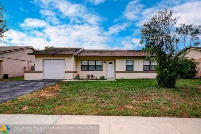 Boca Raton Single Family Home For Sale: 18443 Ruffian Way