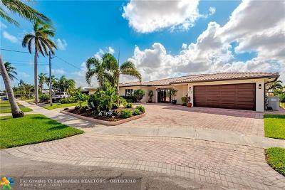 Pompano Beach Single Family Home For Sale: 451 SE 9th Ave