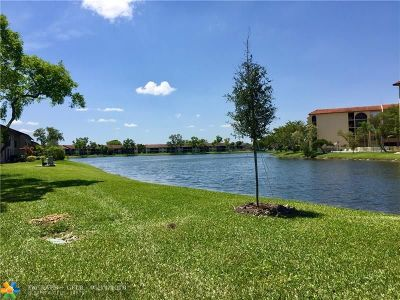 Sunrise Condo/Townhouse For Sale: 10049 Winding Lake Rd #101