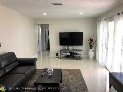Deerfield Beach Single Family Home For Sale: 312 SW 34th Ter
