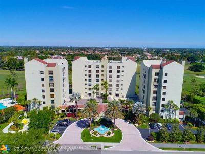 Boca Raton Condo/Townhouse For Sale: 7235 Promenade Dr #302