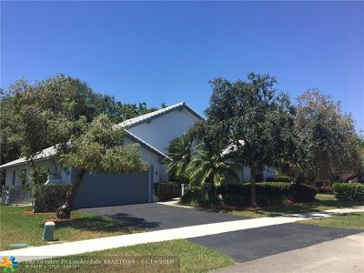 Davie Single Family Home For Sale: 2101 SW 98th Ter