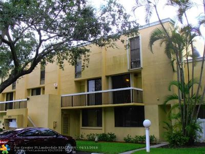 Davie Condo/Townhouse For Sale: 8701 SW 30th St #211