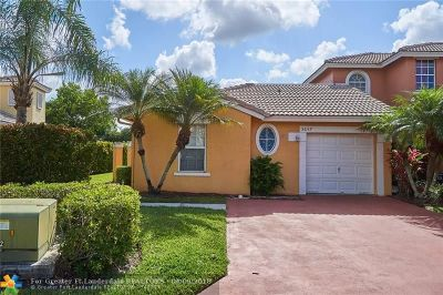 Coral Springs Condo/Townhouse For Sale: 5657 NW 117th Ave #5657