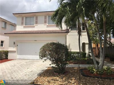 Miami Single Family Home For Sale: 15569 SW 112th Dr