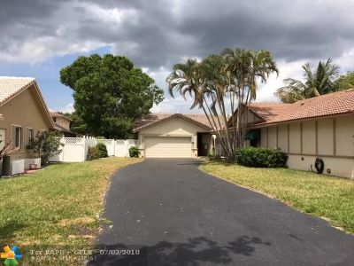 Coral Springs Single Family Home For Sale: 10317 NW 31st St
