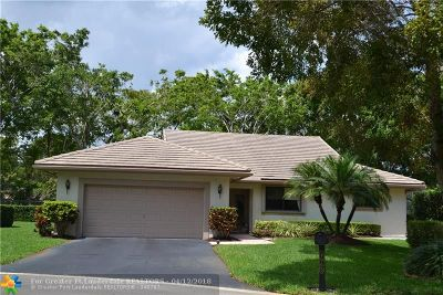 Boynton Beach Single Family Home For Sale: 4965 Pine Tree Dr