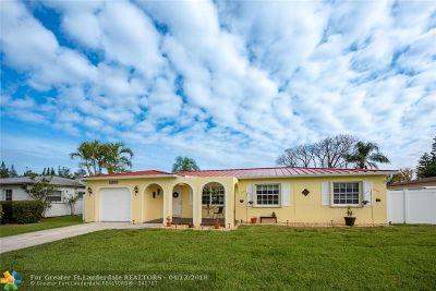 Boca Raton Single Family Home For Sale: 11155 Landsman St