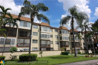 Plantation Condo/Townhouse For Sale: 7100 NW 17th St #318