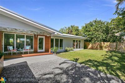 Pompano Beach Single Family Home For Sale: 2111 N Ocean Blvd