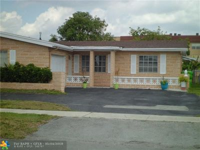Sunrise Single Family Home For Sale: 9165 NW 26th Pl