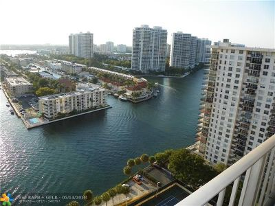 Sunny Isles Beach Condo/Townhouse For Sale: 290 174th St #2405