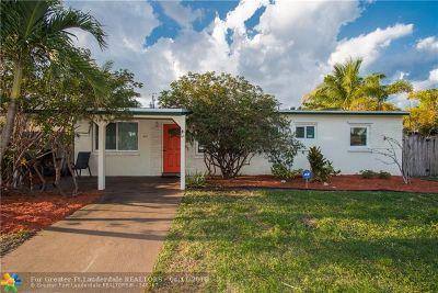 Oakland Park Single Family Home For Sale: 431 NE 58th St