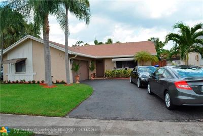 North Lauderdale Single Family Home For Sale: 7519 SW 6th St