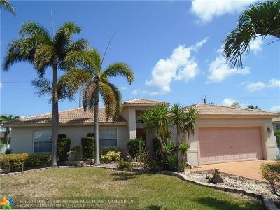 Lauderhill Single Family Home For Sale: 8231 NW 45th St