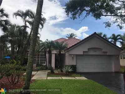 Davie Single Family Home For Sale: 2602 Oak Park Cir