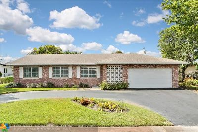 Plantation Single Family Home For Sale: 5240 SW 10th St