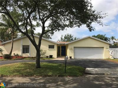 Cooper City Single Family Home For Sale: 4010 W Sailboat Dr