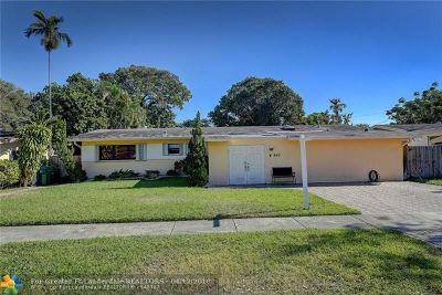 Miami Single Family Home For Sale: 660 NE 176th St
