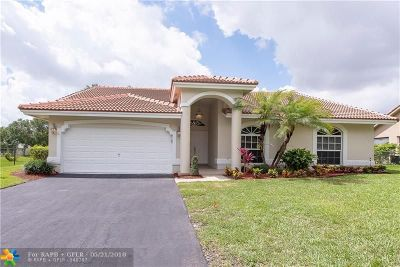 Coral Springs Single Family Home For Sale: 8930 NW 45th Ct