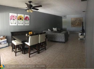 Coral Springs Condo/Townhouse For Sale: 3007 Coral Ridge Dr #3007
