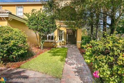 Lake Worth Single Family Home For Sale: 10663 Cypress Lakes Preserve Dr