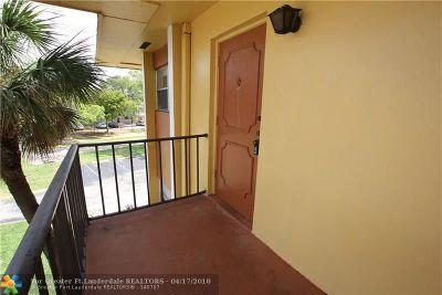 Tamarac Condo/Townhouse For Sale: 8020 Colony Cir #301