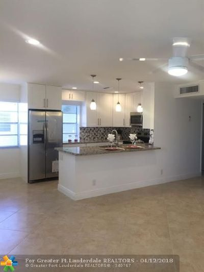 Delray Beach Condo/Townhouse For Sale: 428 Capri I #428 I